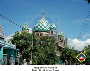 masjid baitul sholikhin kutil gresik jatim